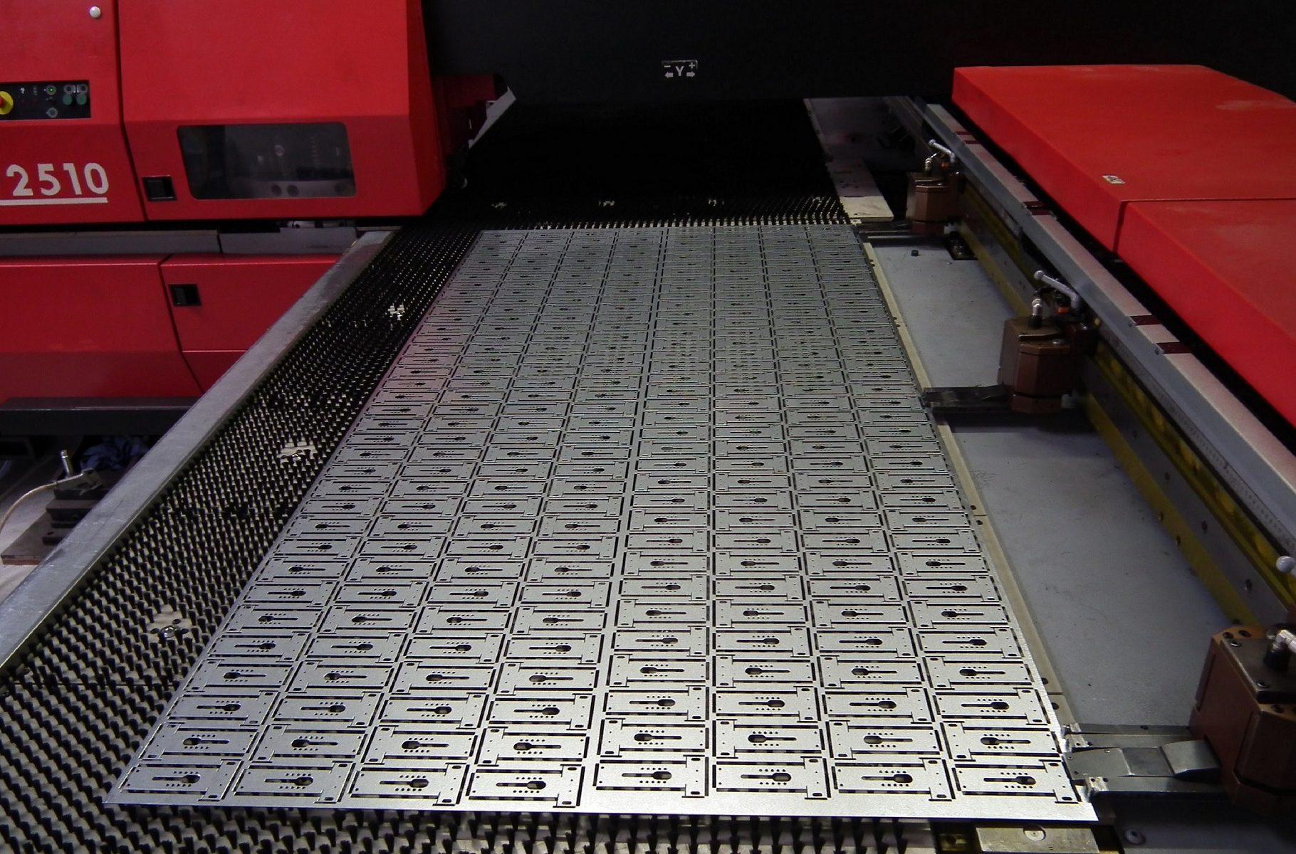 CNC lemezmegmunkálás